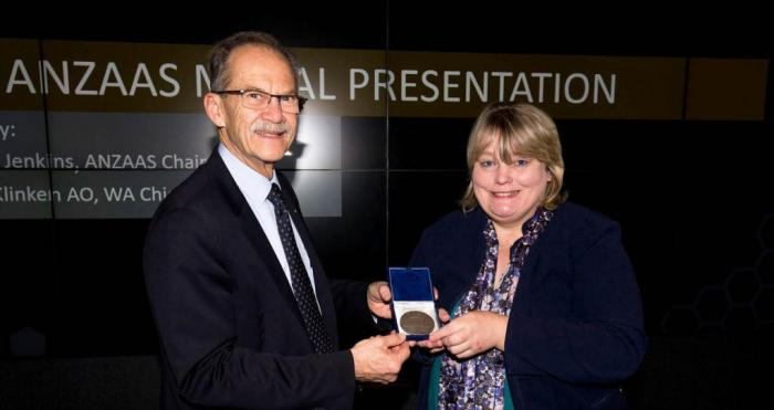 Curtin Geochemist Wins ANZAAS Medal For Her Scientific Achievements